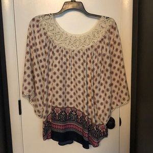 NWOT eyeshadow top with embroidered/crochet dets
